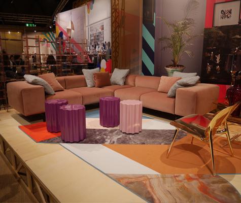 Nouvelle finition velours pour le canapé Largo de Piero Lissoni