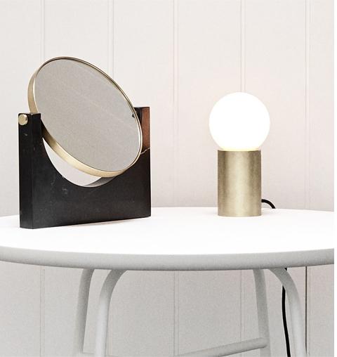 Lampe de table Socket