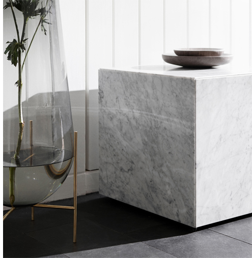Table d'appoint Plinth Cubic