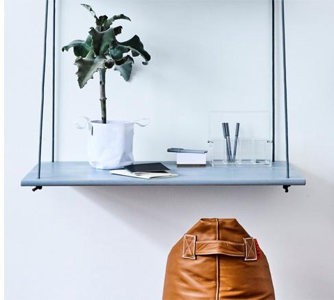 Hang Desk Desk
