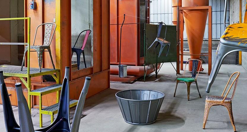 A Stapelbarer Stuhl lackierter Stahl von Tolix