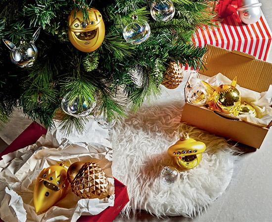 Table & Christmas tree decoration